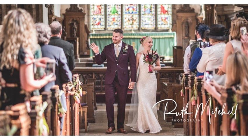 Natural , relaxed, unobtrusive wedding photography